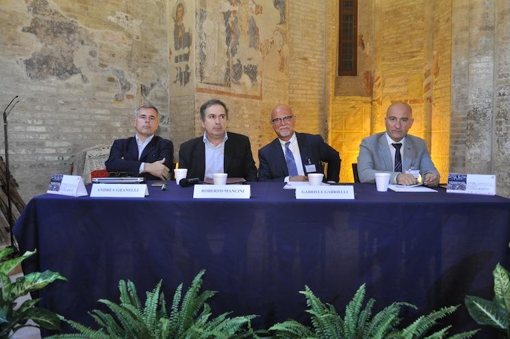 Santa Maria della Rocca. I relatori da sinistra Andrea Granelli, Roberto Mancini, Gabriele Gabrielli, Piero Antimiani
